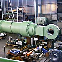 SHB - Schnake-Hydraulik Bremen GmbH - Case example - 360/250-3950 stroke, screwed with pivot pin - (smelting works)