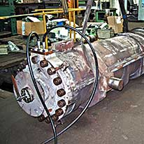 SHB - Schnake-Hydraulik Bremen GmbH - Case example - Ramming cylinder 400/250-1380 stroke (blast furnace) with cold water jacket + ZMI and position measuring system