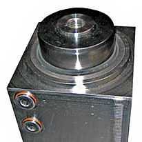 SHB - Schnake-Hydraulik Bremen GmbH - Case example - Square cylinder with disc spring cushioning